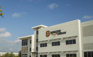 Amazon LC2 Fulfillment Center